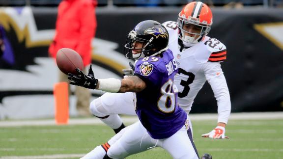 Video - Inside The Huddle: Ravens WR Steve Smith Sr.