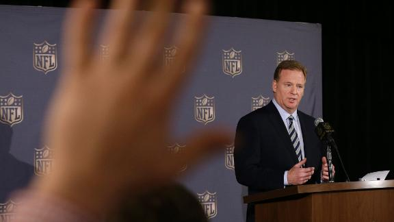 Hill: NFL is 'tone deaf'