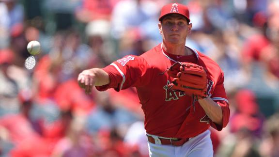 Follow live: Angels lead early in AL West clash