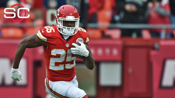 Jamaal Charles feels like 'LeBron of football'