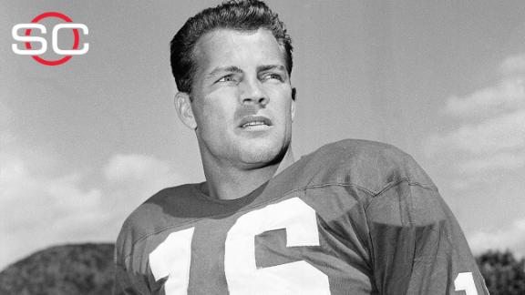 Hall of Famer Gifford dies at 84