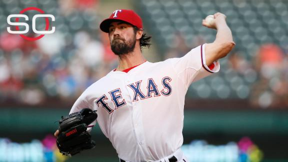 Hamels pitching well at key time for Rangers