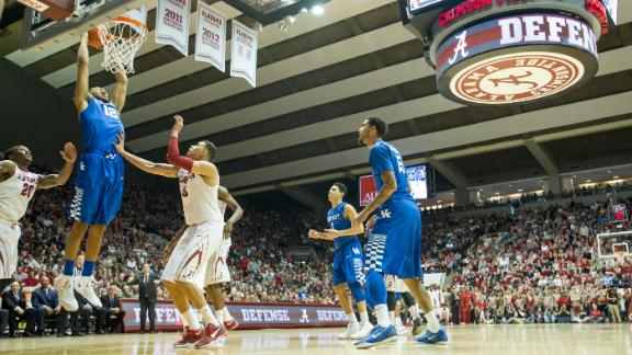 Mobile Memories: Towns punches it home for Kentucky