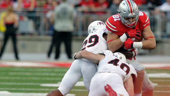 No. 1 Buckeyes survive Huskies' scare