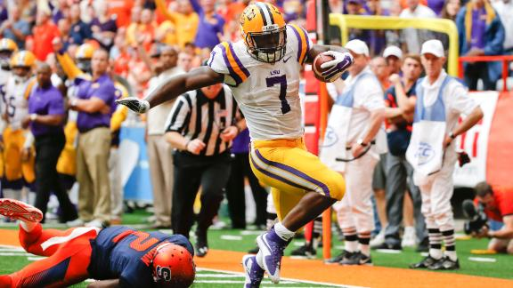 Fournette leads LSU to 34-24 victory over Syracuse