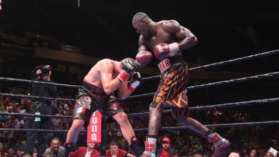 http://a.espncdn.com/media/motion/2015/0927/dm_150927_Boxing_Wilder_Duhaupas_Highlight/dm_150927_Boxing_Wilder_Duhaupas_Highlight.jpg