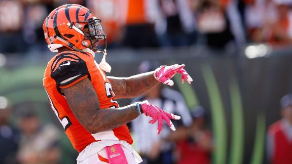 Hill leads unbeaten Bengals past Chiefs