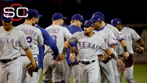 Rangers take Game 1 from Blue Jays