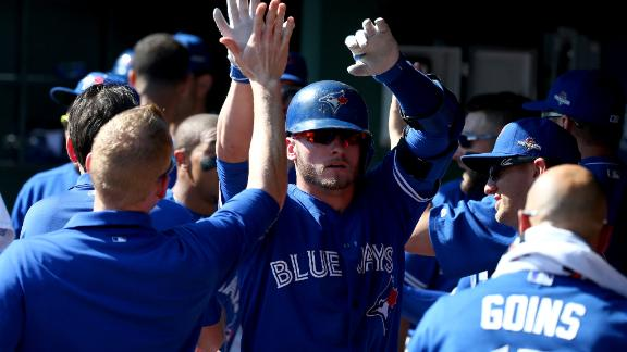 Blue Jays break out early, force Game 5