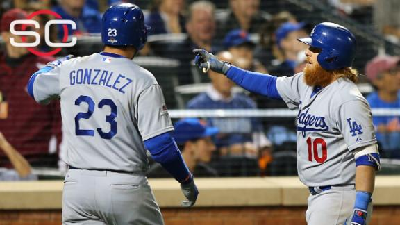 Justin Turner with the big hit for Dodgers