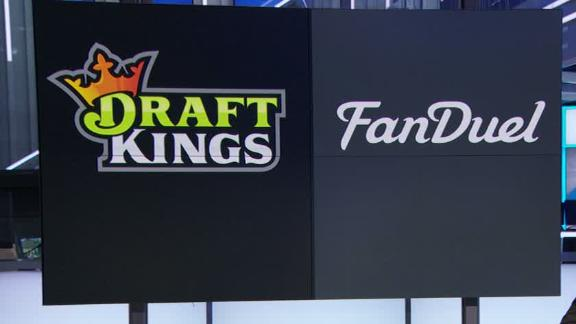 Report: Feds investigating DraftKings, FanDuel