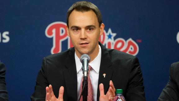 Klentak offers fresh perspective for Phillies