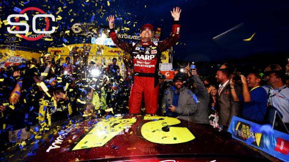 Kenseth takes out Logano, Gordon wins at Martinsville