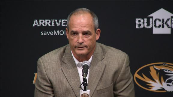 Missouri's Gary Pinkel addresses the media