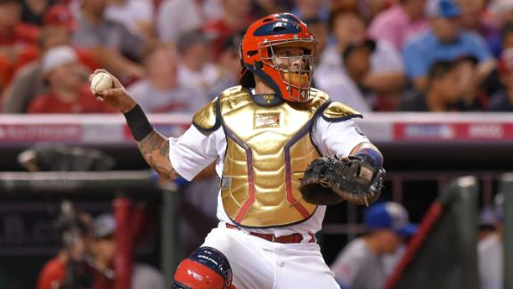 Yadier Molina wins eighth straight Glove Glove