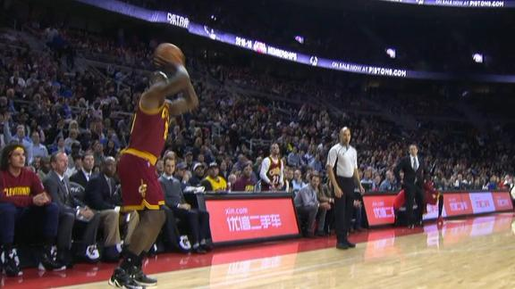 http://a.espncdn.com/media/motion/2015/1117/dm_151117_lebron_passes_west/dm_151117_lebron_passes_west.jpg