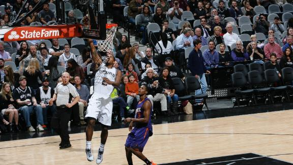 Roles change, results remain same as Spurs continue to roll
