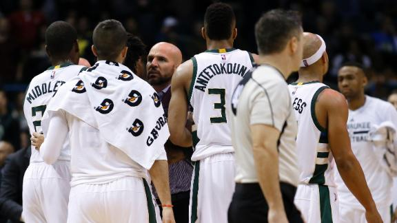 Kidd ejected after slapping ball away from official
