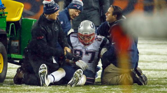 Rob Gronkowski carted to locker room