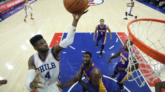 Sixers get first win, spoil Kobe's homecoming