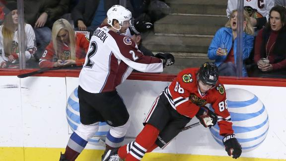 Kane's point streak snapped as Blackhawks blanked