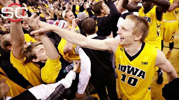 Iowa stuns No.1 Michigan State