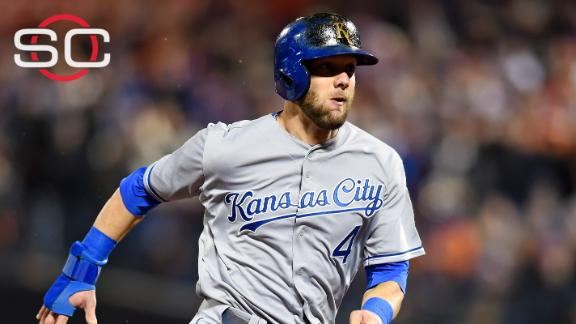 Alex Gordon returns to Royals