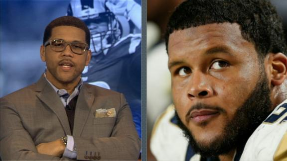 Video - Is Michael Smith really Aaron Donald?