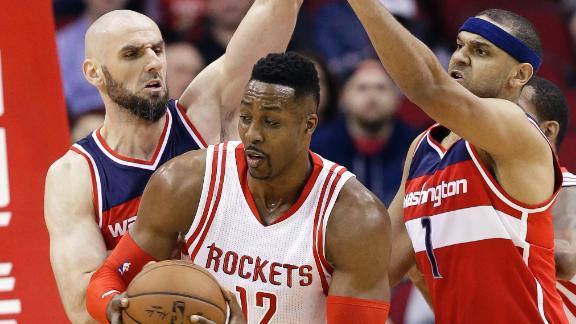 Howard ejected again, Rockets lose again