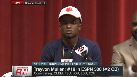 Mullen commits to Clemson