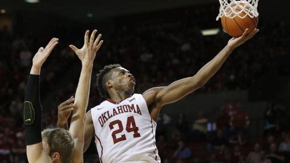 Hield comes up big as Sooners hold off Horns