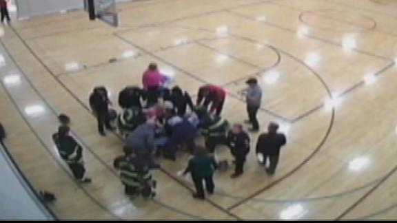 Wisconsin teen basketball player pierced by wood on court