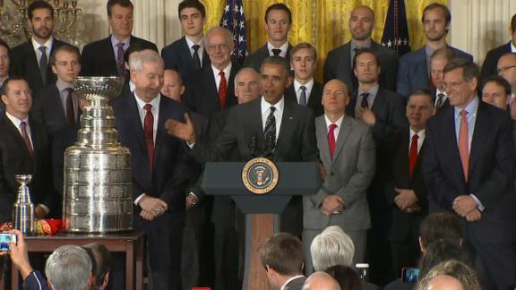 Obama honors Blackhawks' hat trick