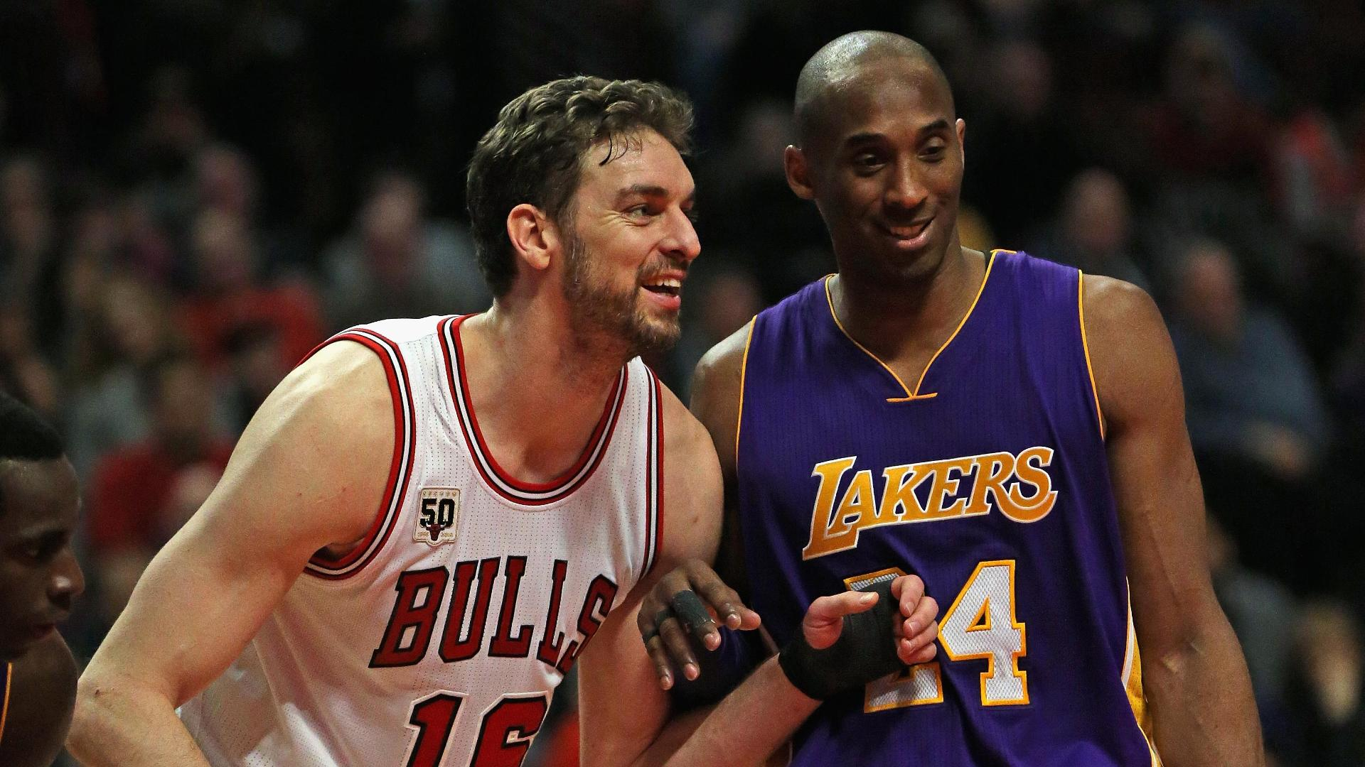 Kobe scores 22 in loss to Bulls
