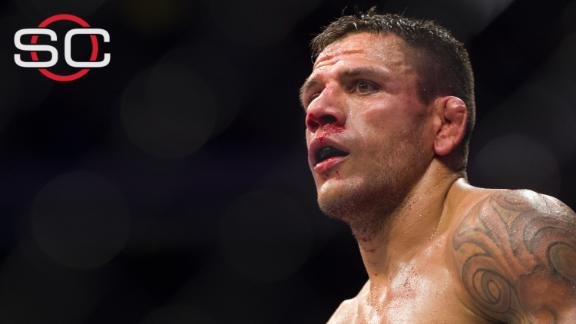 Rafael dos Anjos out of UFC 196 with broken foot