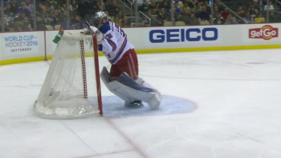 Lundqvist takes frustration out on net