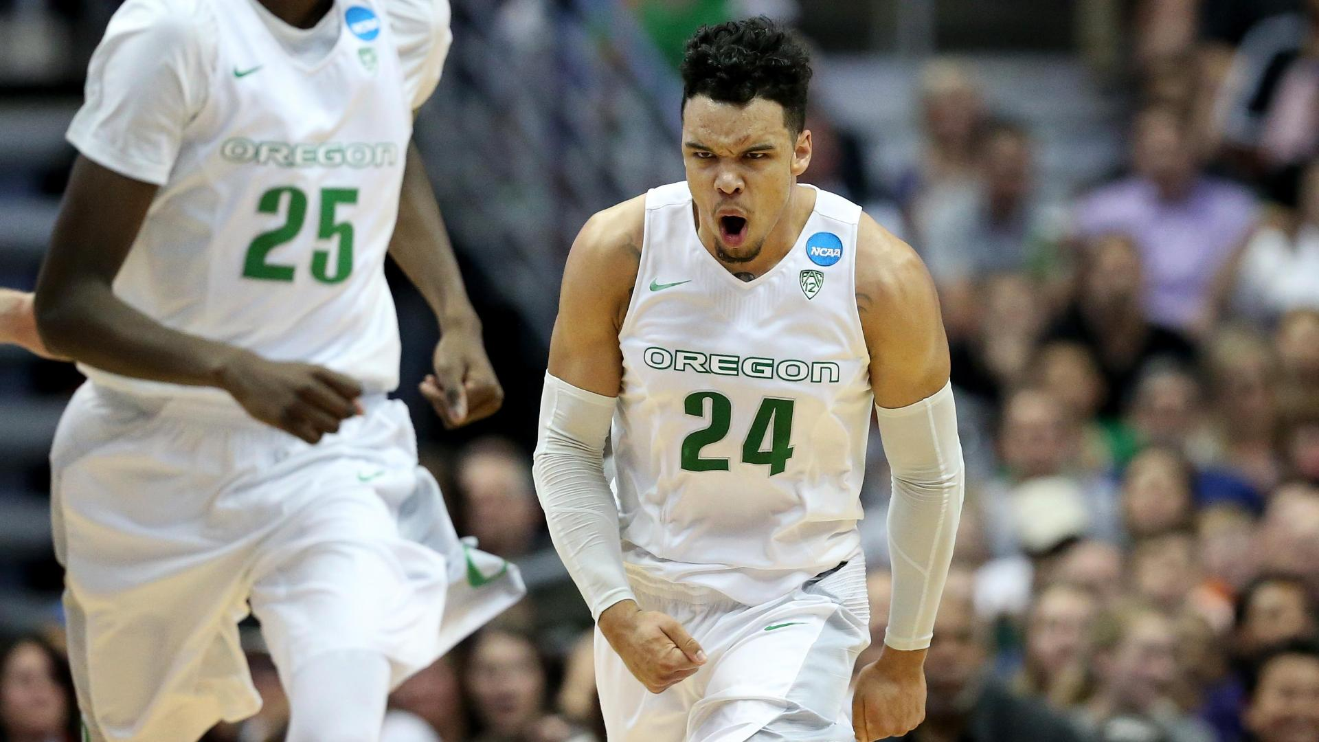 No repeat for Duke, Oregon to Elite Eight
