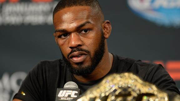 UFC's Jones cited for drag racing in New Mexico
