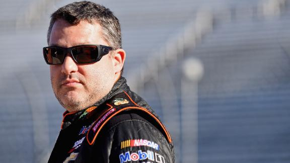 http://a.espncdn.com/media/motion/2016/0408/dm_160408_nascar_stewart_back_injury_news/dm_160408_nascar_stewart_back_injury_news.jpg