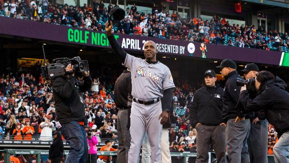 Bonds gets ovation in return to San Francisco