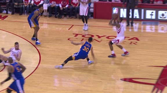 Curry leaves Game 4 with right knee sprain