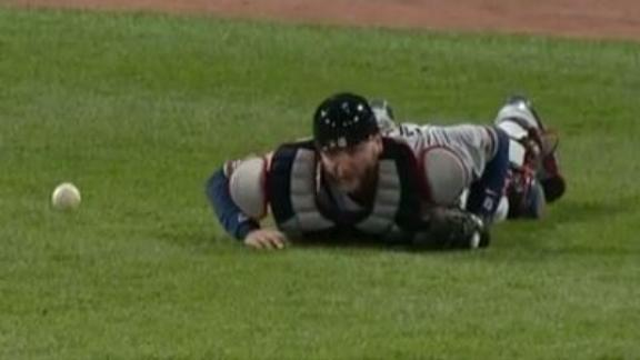 Everything is going wrong for Pierzynski
