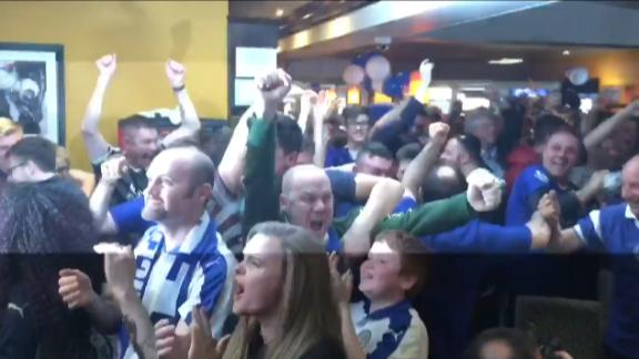 Fans erupt at bar after Leicester City scores