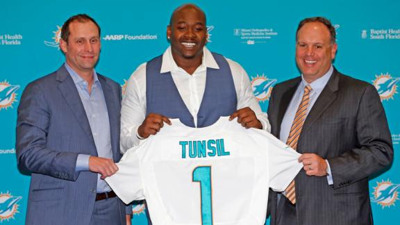 Video - Tannenbaum excited for Dolphins O-line this season
