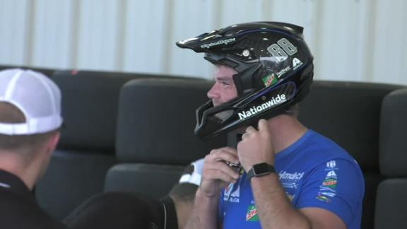 Video - Greg Olsen joins pit crew for a day