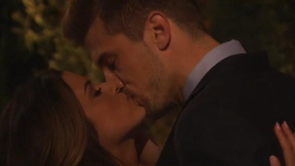 Video - Rodgers' brother gets first kiss on 'The Bachelorette'