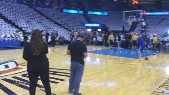 Even during pregame, Curry likes to shoot from long range