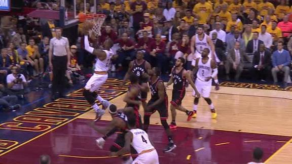 Cavs end 1st quarter on 17-3 run