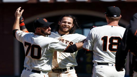 Giants walk-off for fifth straight win