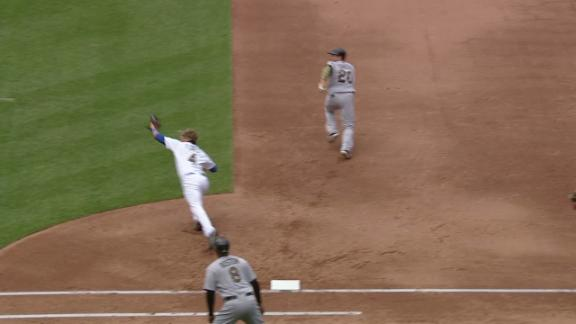 Flores makes diving grab to start double play